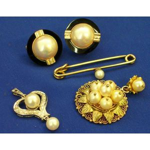 Diamond and Cultured Pearl Pendant, Mabe Pearl Onyx and Diamond Earclips, Pearl Pendant, and a Pearl Sweater Pin.