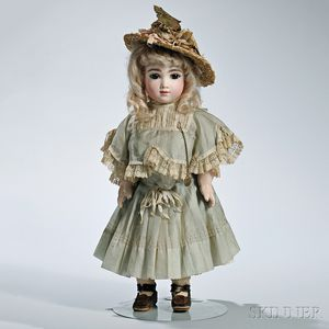 Bébé AT Andre Thuillier Bisque Head Doll