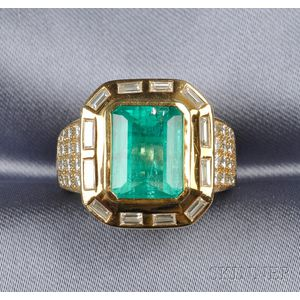 18kt Gold, Emerald and Diamond Ring