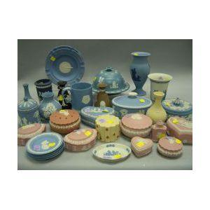 Approximately Thirty Wedgwood Ceramic Table Items