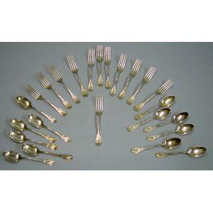 Twenty-four Pieces of Sterling Silver Corinthian Pattern Flatware.
