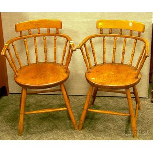Pair of Windsor Pine and Maple Firehouse-type Armchairs.