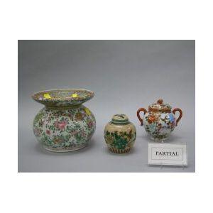 Thirteen Asian Porcelain Items