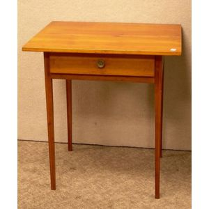 Federal Inlaid Cherry One-Drawer Stand.