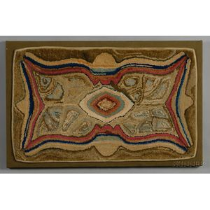 Wool Arabesque Design Hooked Mat