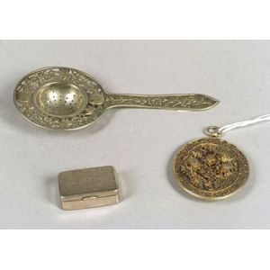 Chinese Export Silver Tea Strainer, Vinaigrette, and Dragon and Phoenix Wirework Pendant.