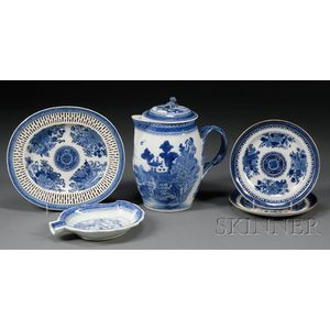 Five Blue and White Chinese Export Porcelain Table Items