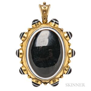 Victorian Gold and Banded Agate Pendant