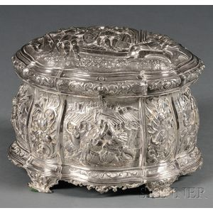 Continental Renaissance-style Sterling Collar Box