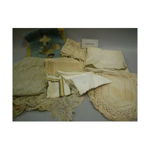 Lot of Victorian and Early 20th Century Linens
