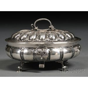 George V Silver Oval Box