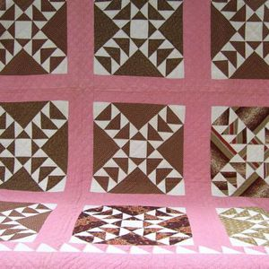 Pieced Cotton Calico Wild Goose Chase Pattern Quilt.