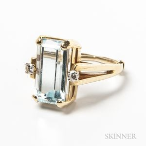 14kt Gold, Aquamarine, and Diamond Ring