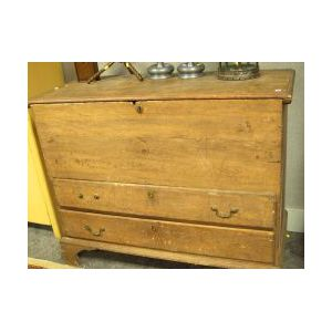 Pine Blanket Chest over Two Drawers.