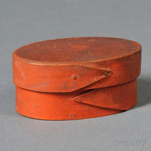 Small Bittersweet-painted Lapped-seam Oval Covered Box