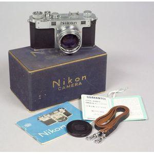 Nikon S No. 6113600 in Original Box