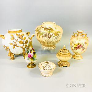 Six Worcester Porcelain Vessels