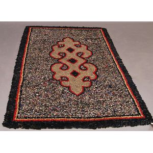 Braided Rug with Geometric Medallion and Gray Field