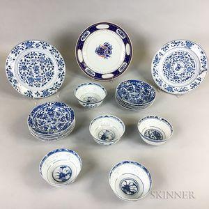 Nineteen Export Ceramic Items