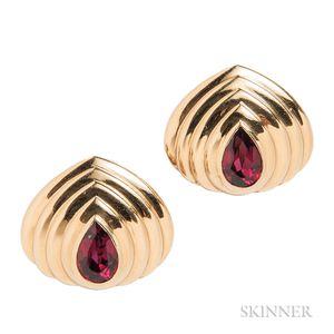 18kt Gold and Garnet Earrings