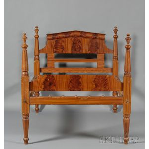 Classical Turned-post Grain-painted Bed