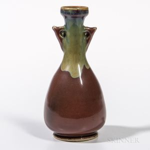 Small Liver Red-glazed Vase