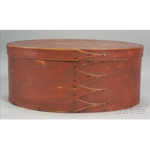 Large Shaker Red-painted Oval Covered Box