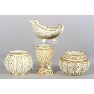 Four Grainger & Co. Worcester Porcelain Items