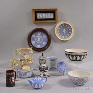 Thirteen Modern Wedgwood Jasper Items