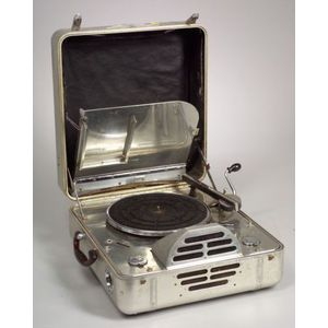 RCA Victor Special Model K Portable Phonograph