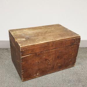 Small Pine Storage Box