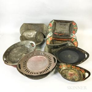 Twelve Tole Bread and Fruit Trays.     Estimate $100-200
