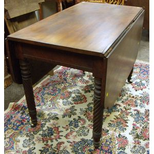 Classical Mahogany Drop-leaf Table with Rope-turned Legs.