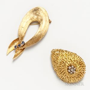 18kt Gold and Diamond Brooch and a Retro 14kt Gold and Sapphire Ribbon Brooch