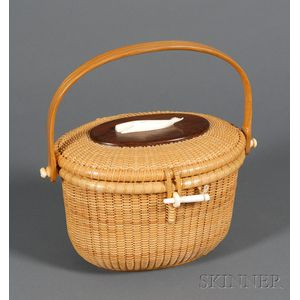 Oval Nantucket Basket Purse