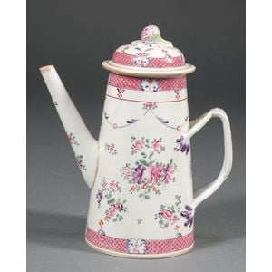 Chinese Export Porcelain Famille Rose Coffeepot