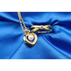 Two 18kt Gold Jewelry Items, Tiffany & Co., Mikimoto