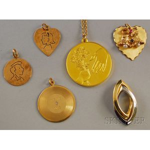 Six Assorted Gold Charms and Pendants
