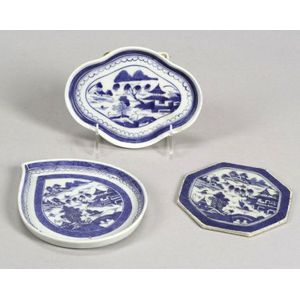 Two Shaped Canton Porcelain Dishes and a Trivet