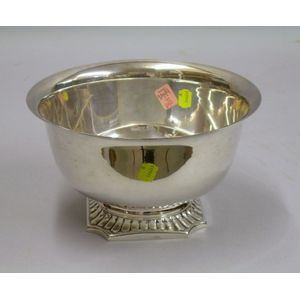 Hunt-Hallmark Sterling Silver Revere-type Footed Bowl