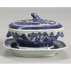 Small Rectangular Canton Covered Sauce Tureen and Undertray