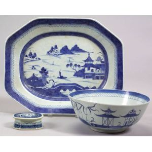 Three Blue and White Chinese Export Porcelain Table Items