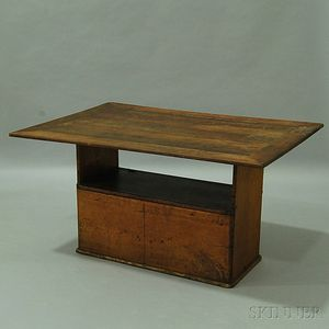 Country Walnut Rectangular-top Hutch Table