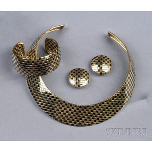 Suite of 18kt Gold Basketweave Niello Jewelry, Italy