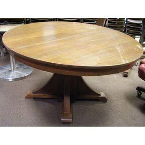 Stickley Brothers Arts & Crafts Oak Pedestal Dining Table