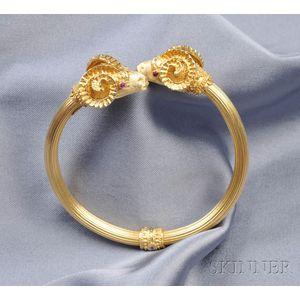 18kt Gold Ram