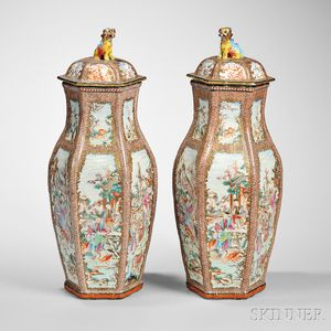 Pair of Chinese Export Porcelain Vases and Covers