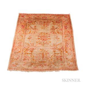Ushak Carpet