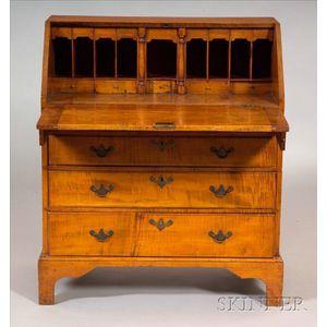 Chippendale Tiger Maple Slant-lid Desk