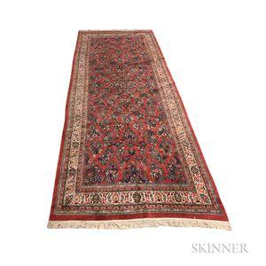 Sarouk Gallery Carpet